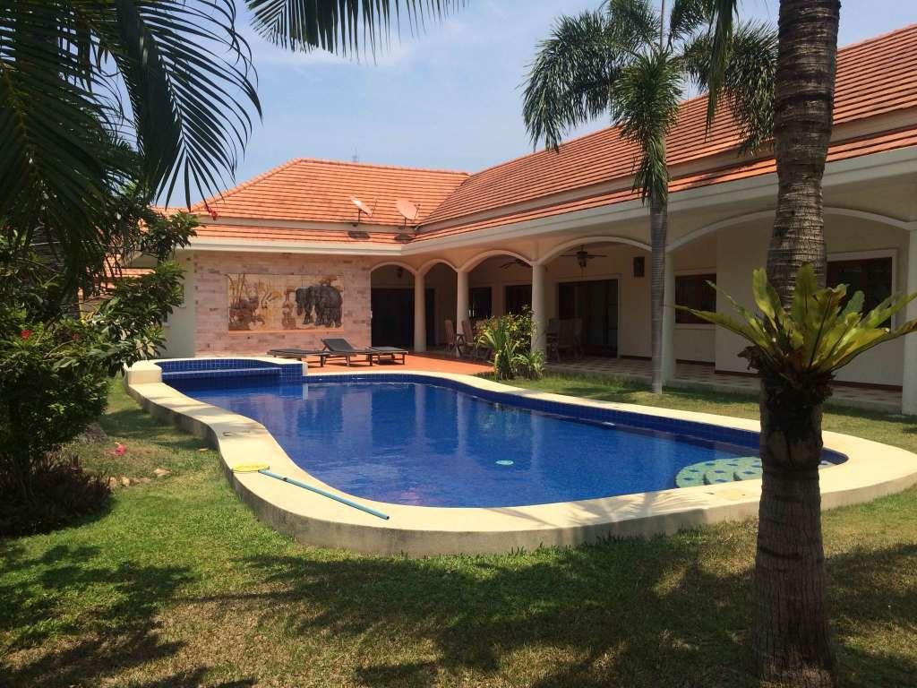 ขายบ้าน Pool villas โครงการ สยามวิลล่า ซอยหัวหิน 116